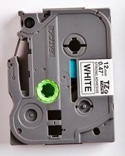 TZe-S231 - bílá/černý tisk, extrémně adhezivní, 12 mm - 2