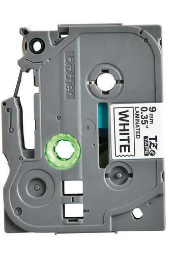 TZe-N221 - nelamin. páska 9 mm bílá/černý tisk, do tiskárny PT - 2
